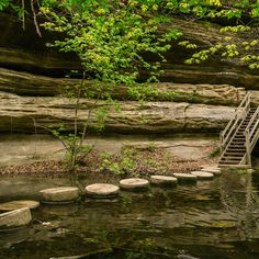 10 Underrated Hikes Near Chicago That We'll Be Taking This Summer I WANT TO GET TI A FEW OF THESE THIS SUMMER!