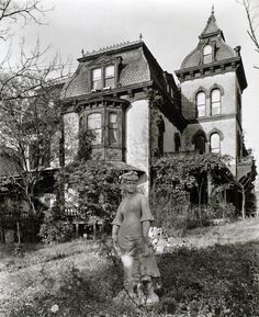 old victorian mansions photo black and white - Google zoeken