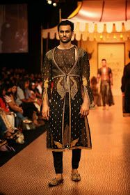 Mumbai Fashion Week    with Shantanu Goenka