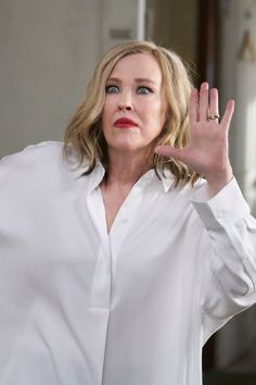 Schitt's Creek Quiz: Do You Remember Moira's Best Quotes? Surprise Quotes, Catherine O'hara, Soap Stars, Stop Staring, Schitts Creek, Best Eyebrow Products, Red Lipsticks, Fashion History, Lip Colors