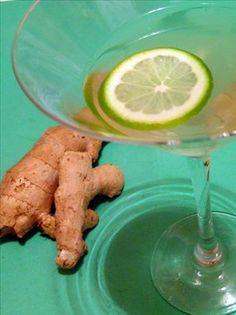 Lemon grass ginger tequila Ingredients 750 ml bottle blanco tequila 2 stalks lemongrass 1 large chunk of fresh ginger Vodka Lime, Infused Vodka, Lime Juice, Vodka Recipes, Margarita Recipes, Pear Martini, Cranberry Juice, Fresh Ginger, Dessert Recipes