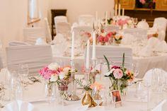 Rose, blush, and ivory wedding - Winter Wedding Inspiration Wedding Table Deco, Wedding Reception Decorations, Rustic Wedding, Wedding Black, Ivory Wedding, Luxury Wedding, Winter Wedding Flowers, Wedding Linens, Wedding