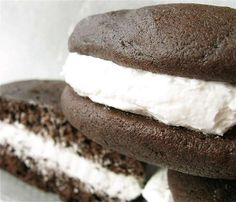 Chocolate Whoopie Pies: step-by-step directions and tips.