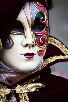 Mystery at the Carnevale.