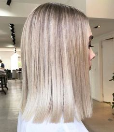 Balayage Hair Color Ideas for Short Hair – Stylish Hairstyles Brown Ombre Hair, Brown Blonde Hair, Platinum Blonde Hair, Ombre Hair Color, Hair Color Balayage, Brown Balayage, Blonde Balayage, Dyed Blonde Hair, Blonde Hair Looks