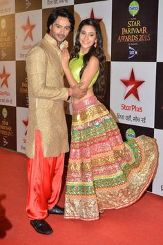 Dhruv Bhandari and Hiba Nawab pose for a photo on the red carpet of the Star Parivaar Awards 2015, held in Mumbai.(Pic: Viral Bhayani)