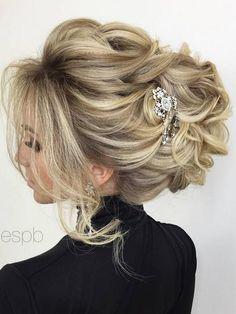 Elstile wedding hairstyles for long hair 22 - Deer Pearl Flowers / http://www.deerpearlflowers.com/wedding-hairstyle-inspiration/elstile-wedding-hairstyles-for-long-hair-22/
