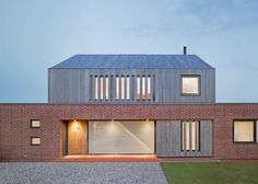 A timber box with a pitched roof sits atop the handmade-brick ground floor of this house in the English village of Orford by London studio Nash Baker Architects Wooden Facade, Brick Facade, Brick Roof, Timber Architecture, Modern Architecture Design, Gable House, House Roof, Brick Design, Roof Design