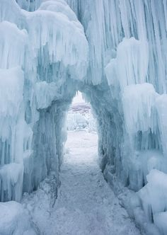 See Amazing Ice Castles in Wisconsin Dells - O the Places We Go