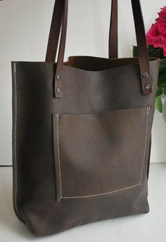 Gorgeous premium distressed leather, sturdy and matte. Distressed Leather This stylish large tote has been crafted using the best materialsM. Leather Bag Tutorial, Leather Wallet Pattern, Satchel Handbags, Purses And Handbags, Cheap Handbags, Coach Handbags, Leather Purses, Leather Handbags, Leather Belts