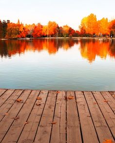 The lake in my town will look pretty close to this once fall is in full swing 🍁🍂