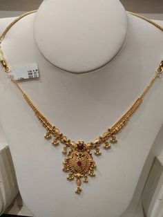 Light weight necklace for kids Gold Necklace Simple, Gold Jewelry Simple, Gold Wedding Jewelry, Light Weight Gold Jewellery, Necklace Set, Gold Ring Designs, Gold Earrings Designs, Gold Jewellery Design, Designer Jewelry