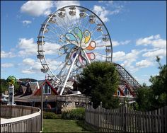 Hershey Park Pennsylvania! worst ride the ferris wheel!! I hate that ride!! lol