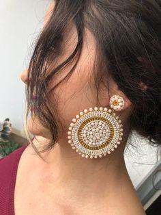 Jewelry Design Earrings, Beaded Earrings, Earrings Handmade, Diamond Jewelry, Crochet Earrings, Silver Jewellery Indian, Silver Jewelry, Hand Jewelry, Beaded Jewelry Patterns