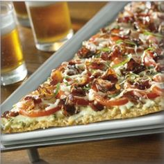 Maple Pepper Bacon Flatbread - Maple pepper bacon, sliced tomatoes, fresh basil, mozzarella and parmesan cheese with garlic aioli (Granite City Brewery picture and description), copycat - use maple bacon and garlic aioli recipes pinned