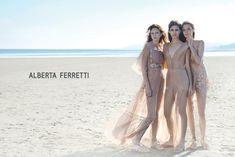Alberta Ferretti apre la MiIano Fashion Week
