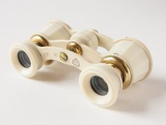 Vintage opera glasses - Soviet theatre binoculars - white, gold tones binoculars