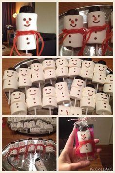 Kleine man alweer 7 jaar, mijn variant van de marshmallow sneeuwman, met mini stickerboekje als uitdeelcadeautje.