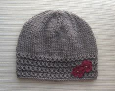 Taupe Hat with Crochet Flowers Knitting pattern by Yelena Chen Crochet Puff Flower, Crochet Flower Patterns, Crochet Flowers, Baby Hat Patterns, Baby Knitting Patterns, Free Knitting, Knitting Projects, Crochet Projects, Sombrero A Crochet