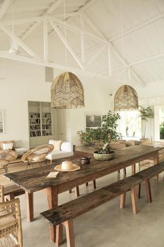 Long Dining Room Tables, Dining Area, Dining Rooms, Dining Table Lighting, Dinning Room Lights, Hallway Tables, Lights Over Dining Table, Beach House Style, Casa Wabi