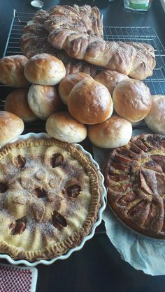 Food And Drink, Pie, Bread, Desserts, Torte, Tailgate Desserts, Cake, Deserts, Fruit Cakes