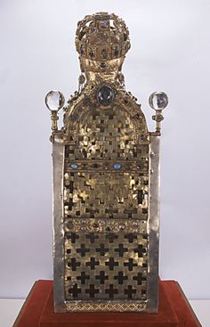 9. 2 Majesté de Sainte Foy de Conques, dos