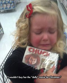 hahaha this is too funny My daughter about fell out of the cart when I handed a chucky movie to her. it was so funny yet mean lol Funny Shit, Haha Funny, Funny Cute, Funny Stuff, Funny Memes, Funny Captions, Super Funny, Can't Stop Laughing, Laughing So Hard
