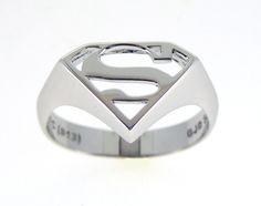 Superman Signet Ring in Sterling Silver and Rhodium Plating (front view). RRP $100 AUD
