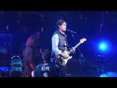 http://keithurbanfanonly.wordpress.com/2014/01/07/keith-flashback-video-keith-john-mayer-vince-gill-im-gonna-find-another-you-all-for-the-hall-october-5-2010/