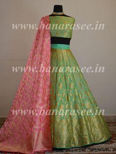 Banarasee Handwoven Art Silk Unstitched Lehenga & Blouse Fabric With Pink Dupatta-Pastel Green Brocade Lehenga, Lehenga Saree Design, Banarasi Lehenga, Indian Lehenga, Silk Dupatta, Lehenga Designs Simple, Simple Lehenga, Half Saree Designs, Lehnga Dress