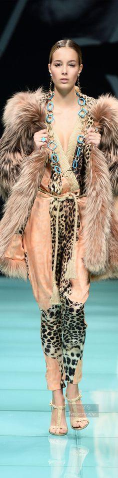 Home — Carlo Tivioli Animal Print Fashion, Fashion Prints, Animal Prints, Fabulous Furs, Glamour, High Fashion, Womens Fashion, Stay Warm, Looks Great