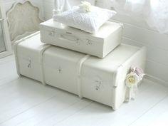 •♡•  Großer alter Übersee-Koffer  •♡• von Weidenröschen auf DaWanda.com