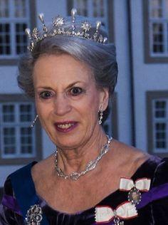 Bendikte in the diamond and pearl tiara