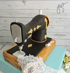 This Is Remake Of A Cake I Did Last Month That I Was Unable To Take Photos At The Time But I So Love The Look Of The Antique Sewing Machine