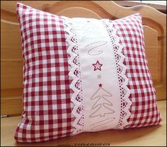 Weihnachtsdeko - CHRISTBAUM♥BORDEAUX♥VICHY KARO♥Weihnachten♥Kissen - ein Designerstück von rosenstuebchen bei DaWanda