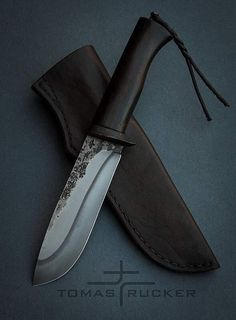Hand forged by Tomas Rucker Hamon blade