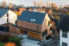 Wohnhaus Gaienhofen · SCHWARZWÄLDER · design zieht ein Modern Wooden House, Modern Barn, Architecture Résidentielle, Contemporary Architecture, Chalet Design, House Design, Suburban House, Small Buildings, Dream House Plans