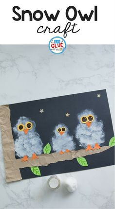 Winter crafts are perfect for kids! Try this Pom Pom Stamped Snowy Owl Painting as your next 5 minute craft. Your creative kids will love this easy craft. #wintercrafts #painting #winter #wintercraftsforkids