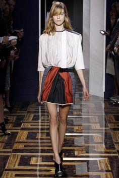 El americano en París: Alexander Wang y Balenciaga. | blogs.milenio.com