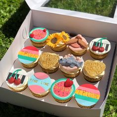 Bolos One Direction, One Direction Birthday, Harry Styles Birthday, Harry Birthday, Pretty Birthday Cakes, Birthday Cupcakes, Pretty Cakes, Cute Cakes, Un Cake