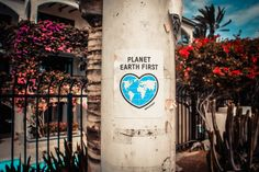 planet earth first, earth day sustainability projects, help reverse top environmental issues, solutions for current environmental issues Our Planet, Save The Planet, World Environment Day, Photo Boards, Eco Friendly House, Environmental Issues, Green Life, Earth Day, Sustainable Living