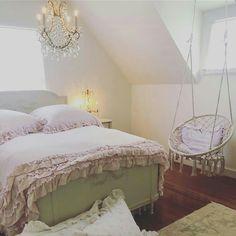 Shabby Bedroom, Chic Bedding, Shabby Chic, Furniture, Home Decor, Messy Room, Interior Design, Home Interior Design, Arredamento