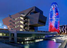 El 13 de desembre de 2014 s'inaugura el Museu del Disseny de Barcelona.