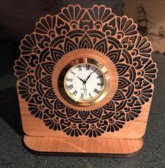 clock Laser Cut Wood, Laser Cutting, Desk Clock, Business Card Holders, 3d Printing, Mandala, Clock Faces, Woodworking, Clocks