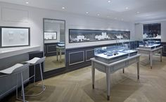 Ofee French Jewellery Boutique by Stefano Tordiglione Design, Hong Kong Jewelry Store Displays, Jewellery Shop Design, Shop Displays, Jewelry Shop, Retail Store Design, Store Interiors, Interior Design Studio, Deco, Furniture Design