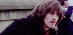 Afbeeldingsresultaat voor george harrison on the rooftop Great Bands, Cool Bands, Best Friends For Life, The Fab Four, Old Soul, Light Of My Life, Ringo Starr, George Harrison, Interesting Faces