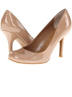 Jessica Simpson at 6pm. Free shipping, get your brand fix!