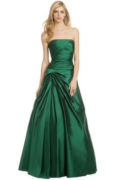 Rent the Runway is a genius idea for a website! Rent formal and casual designer dresses and accessories for a fraction of what they retail for. Great idea for a prom, formal, or semi where you don't want to spend a lot of money on a dress you only wear once!