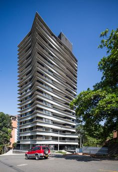 Zebrano / Plan b arquitectos + M+Group | Plataforma Arquitectura