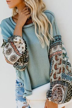 Autumn Winter Women Long Sleeve Bohemian Knit Patchwork Blouse Casual O Neck High Low Ladies Loose Tops Look Fashion, Womens Fashion, Fashion Fall, Latest Fashion, Fashion Trends, Bohemian Tops, Mode Boho, Spring Tops, Boho Outfits